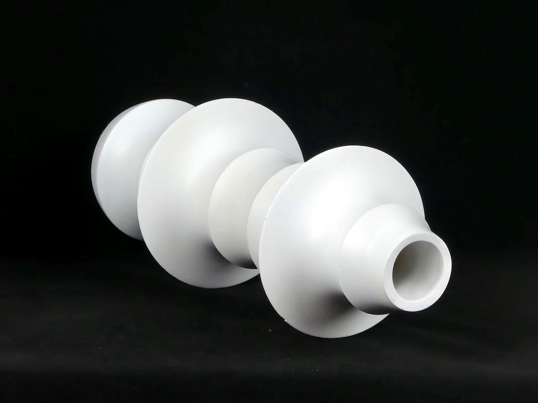 Vase en bois (couché)