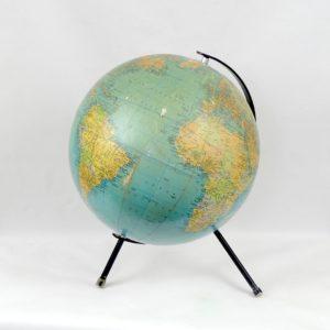 Globe terrestre lumineux illumina de 1966 sur pied - Globe terrestre en carton ...