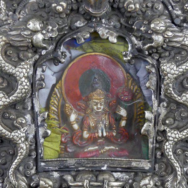 Ghau autel de voyage (Tchènrézi)