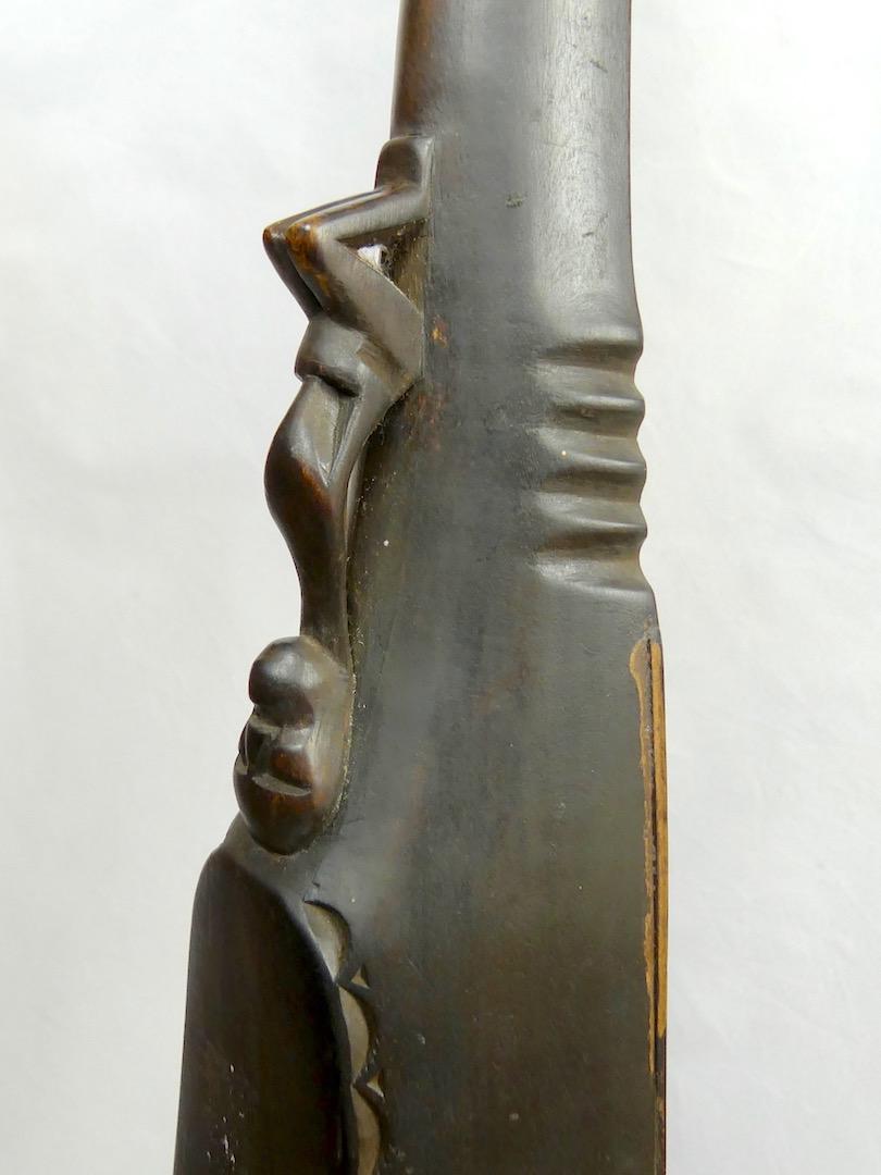 Guitare Batak (détail)