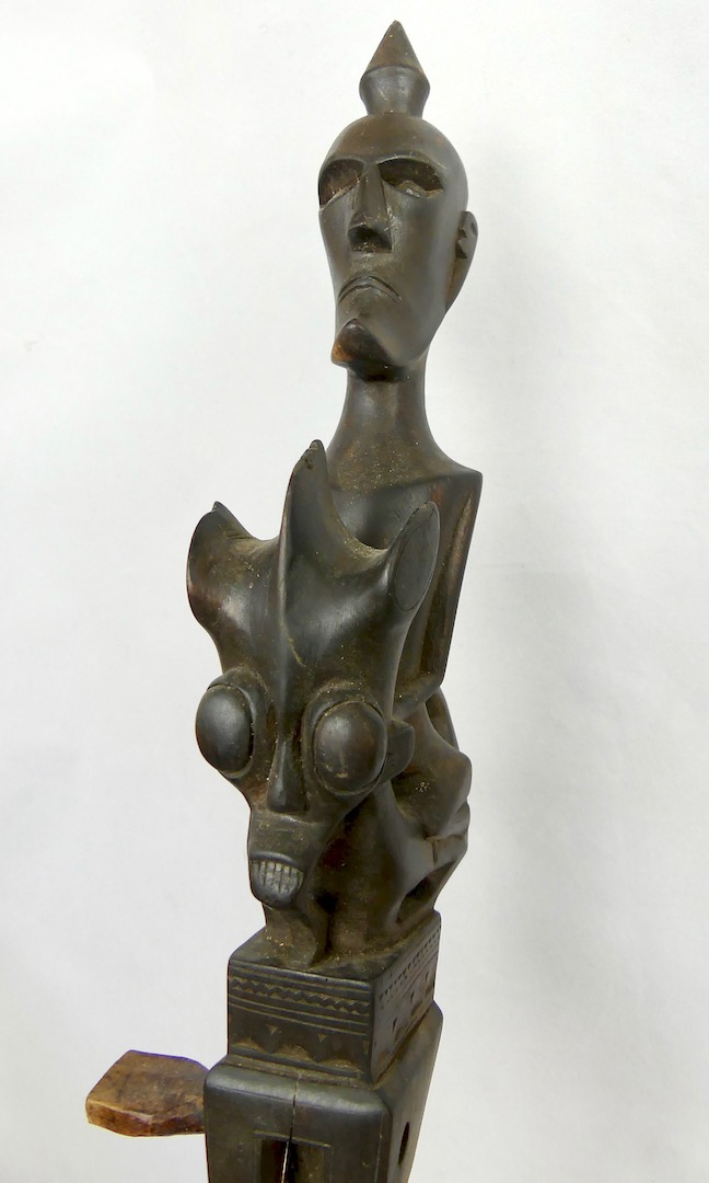 Guitare Batak (tête)